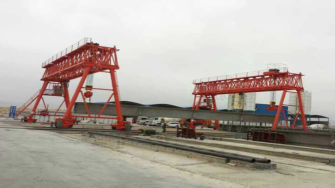Engineering Gantry Crane Used in Concrete Beam Construction Site